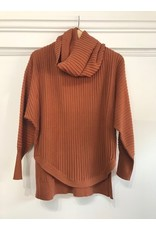 Papillon Papillon - Ribbed sweater with cowl neck (rust)