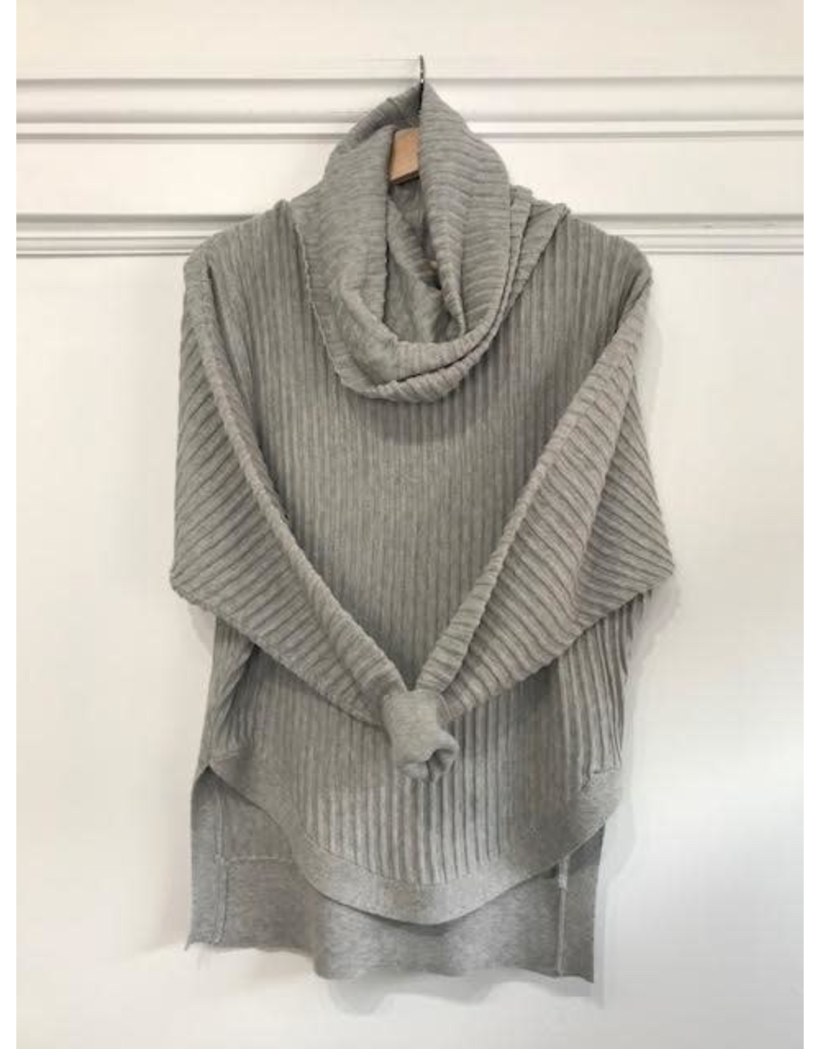 Papillon Papillon - Ribbed sweater with cowl neck (light grey)