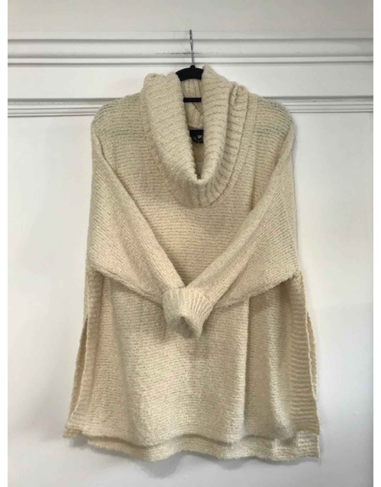 Papillon Papillon - Step hem sweater