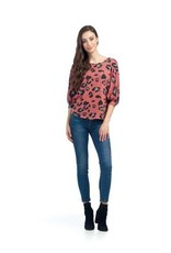 Papillon Papillon - Leopard print top with dolman sleeves
