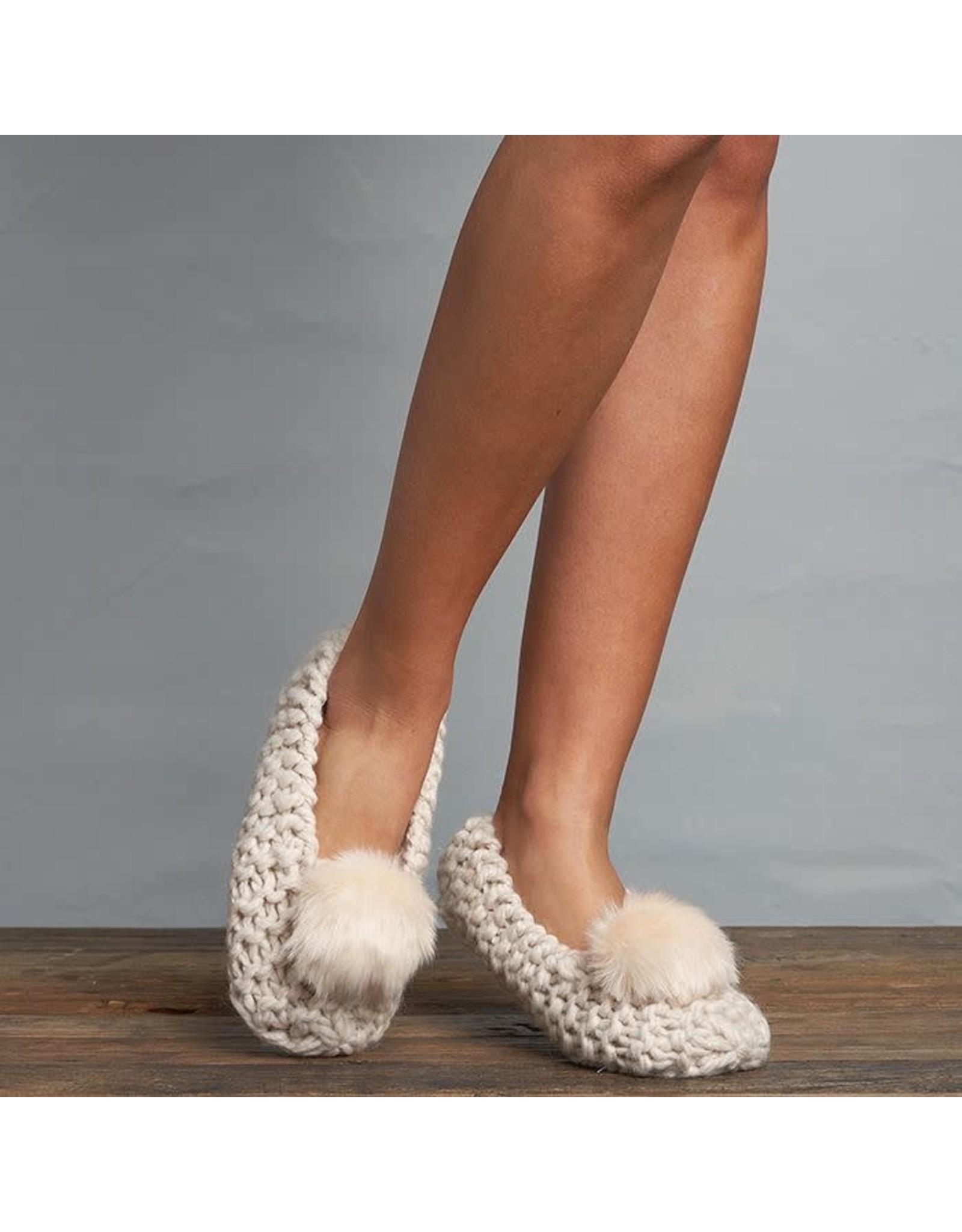 Lemon Lemon - Popcorn knit ballerina slipper with faux fur pom (white sand)