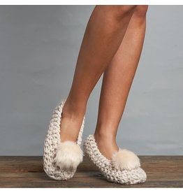 Lemon Lemon - Popcorn knit ballerina slipper with faux fur pom (white sand)
