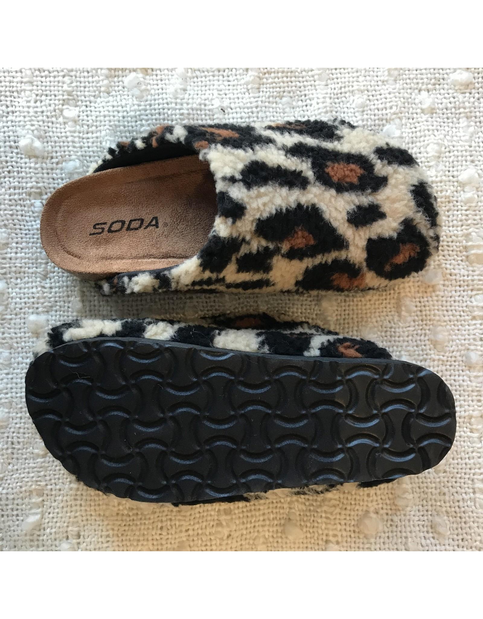 Soda Kylie - Faux fur clogs (leopard)