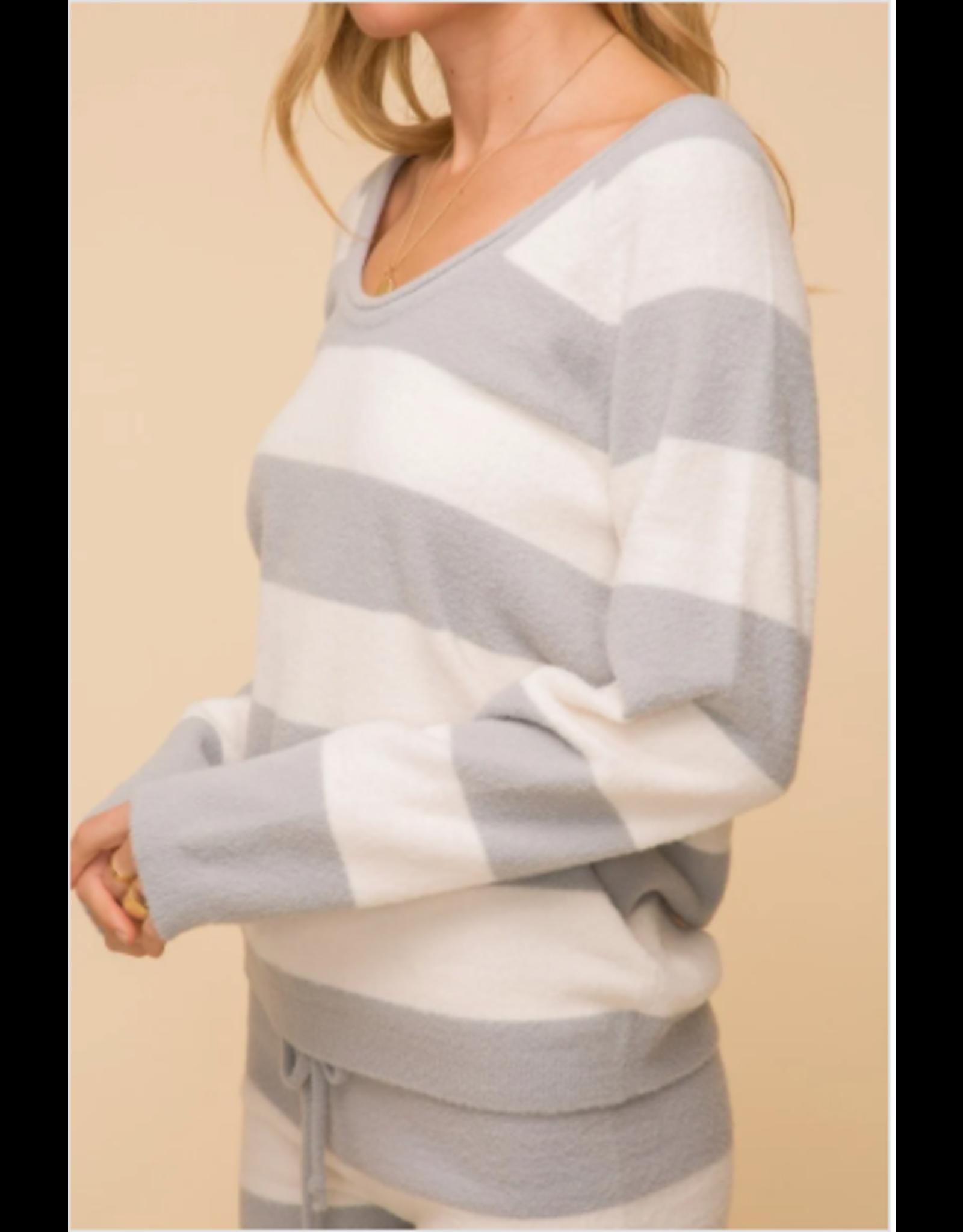 Suki - Grey and white striped sweater