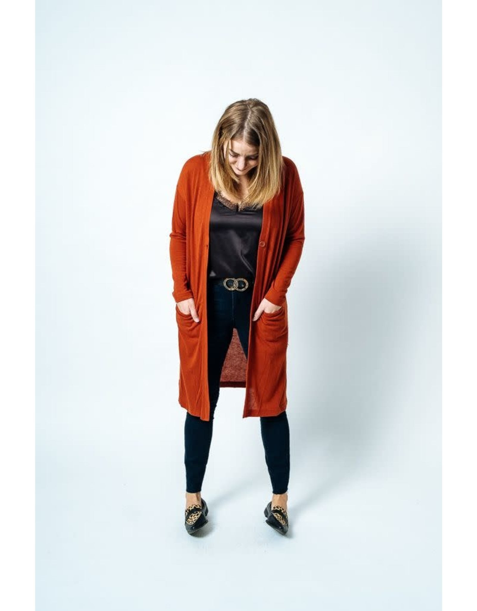 Papillon Papillon - Long cardigan with side slit (rust)