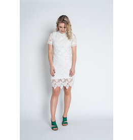 Papillon Papillon - Yvette lace dress with high neck