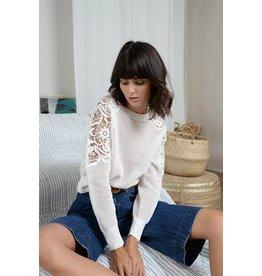 Molly Bracken Molly Bracken - Openwork knit sweater (white)