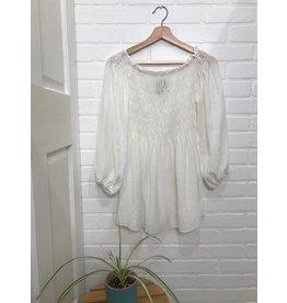 Papillon Papillon - Smocked off the shoulder blouse (white)
