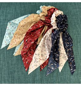Chic Addition 90's confetti scrunchies