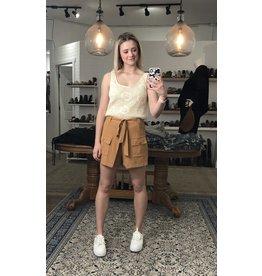 Korner Korner - Lyric belted shorts (camel)