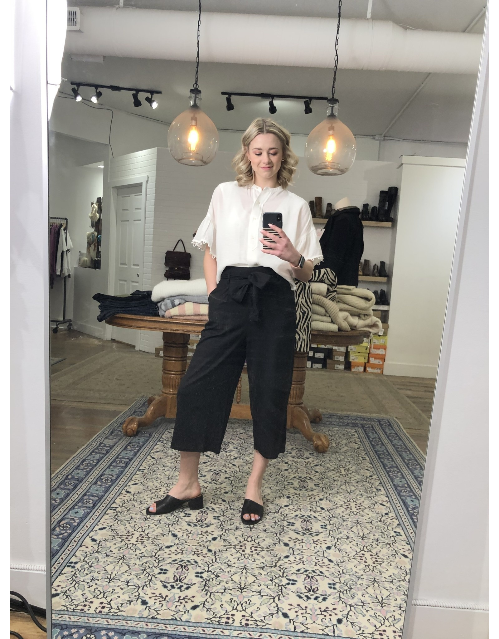 Papillon Papillon - Linen blend cropped pants (black)