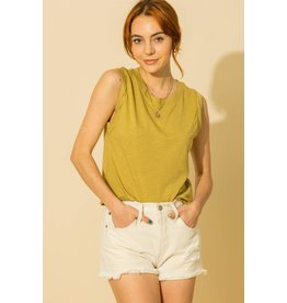 Dakota - Muscle tee with twisted detail (golden lime)