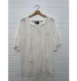 Papillon Papillon - Flowy smocked blouse (white)