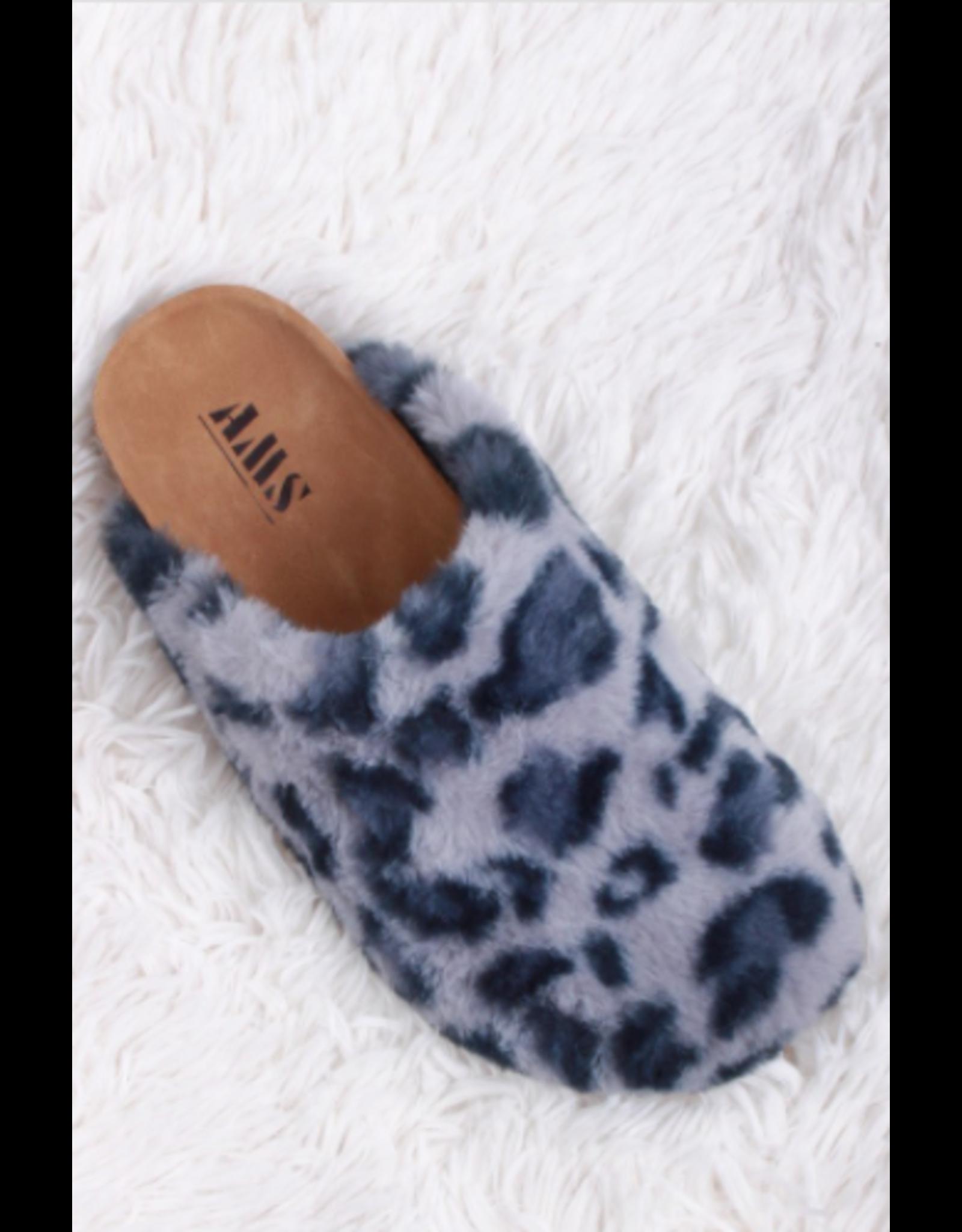 Evanne - Fuzzy sandals (grey leopard)