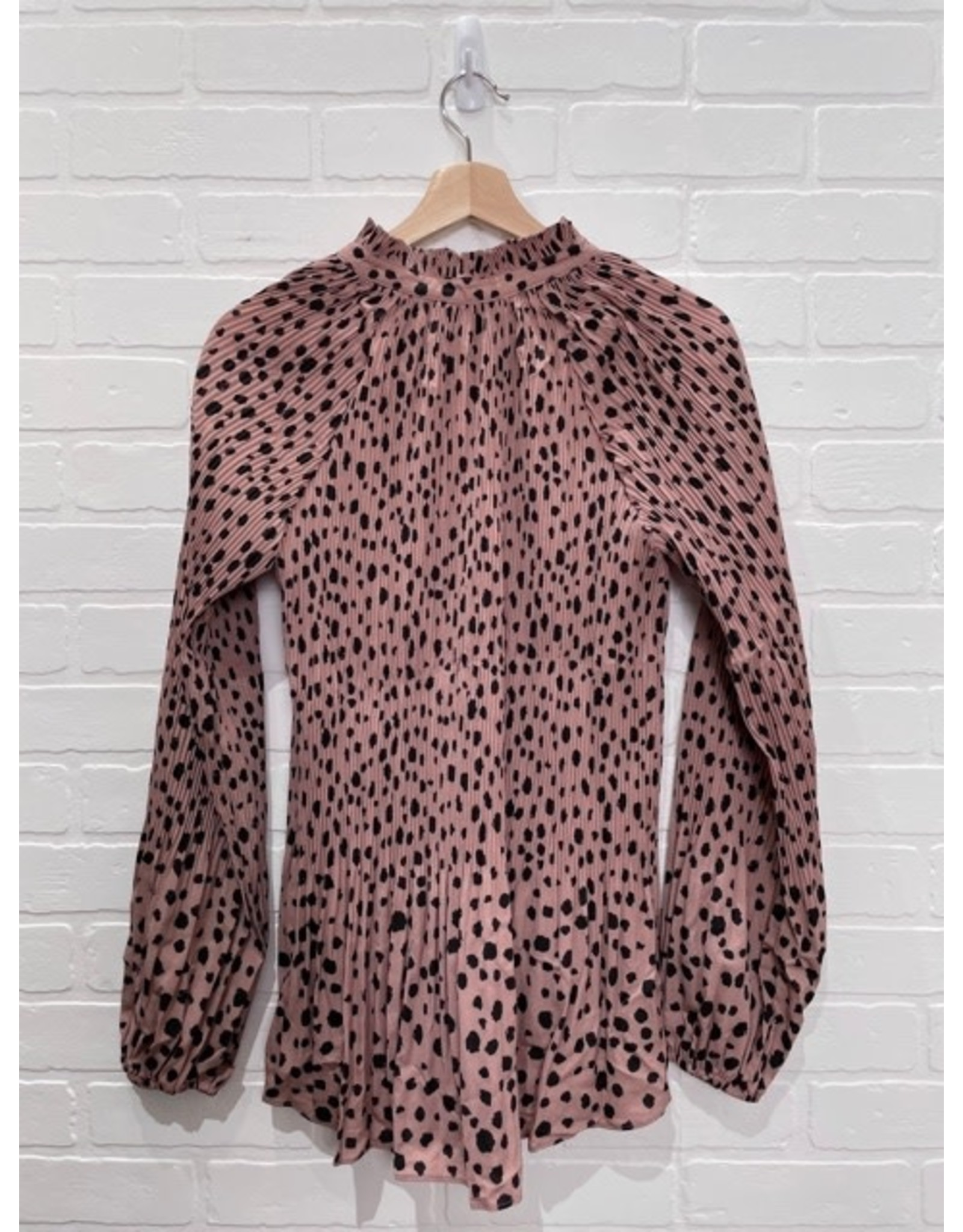 Papillon Papillon - Spotted pleated blouse with tie (blush)