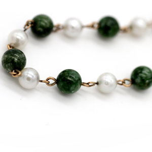 Treasures of Ojai Vintage Mid Century Green Jade and Pearl Beaded Bracelet