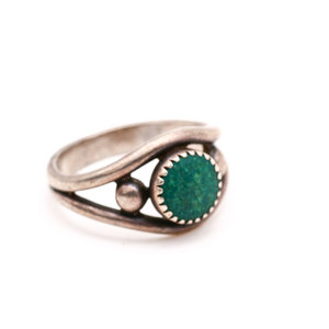 Sterling Dark Green Stone Ring Size 5