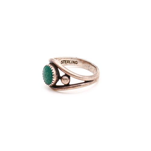 * Sterling Dark Green Stone Ring Size 5