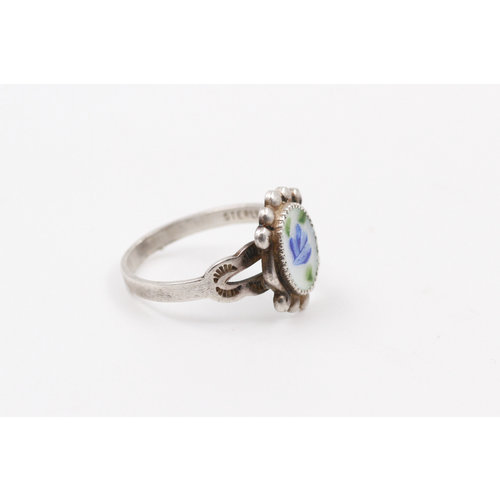 Sterling Enamel Ring (7.5)