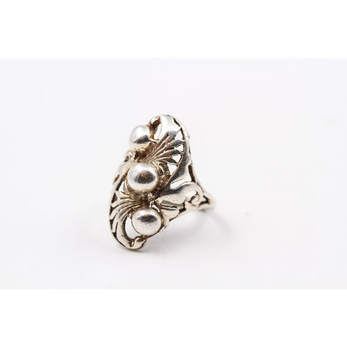 * Sterling 3 Bubble Ring (8)