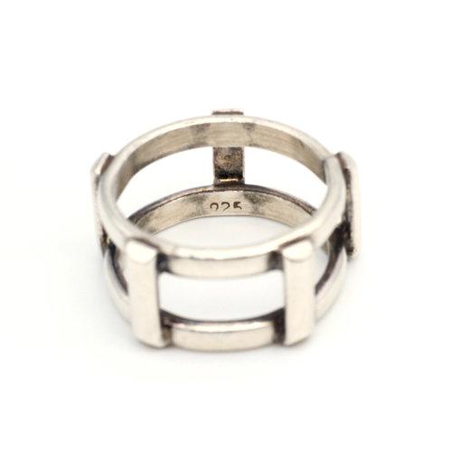 * Sterling Frame Ring (7.5)