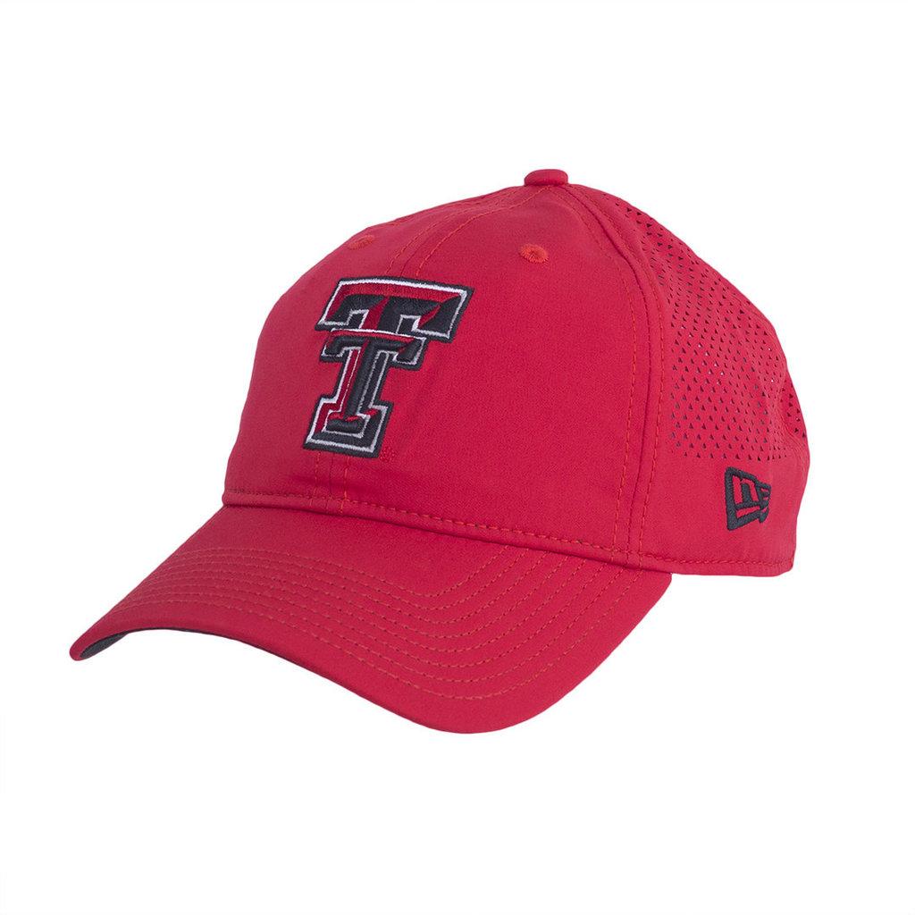9Twenty Perf Pivot 2 Cap Red Adjustable