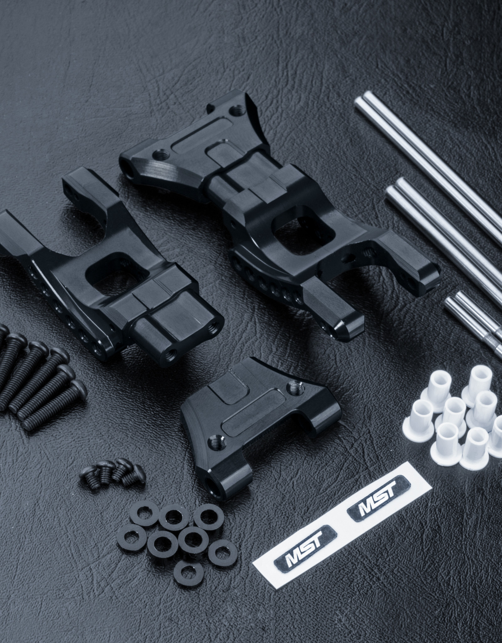MST MB Alum. Rear lower arm set (black)