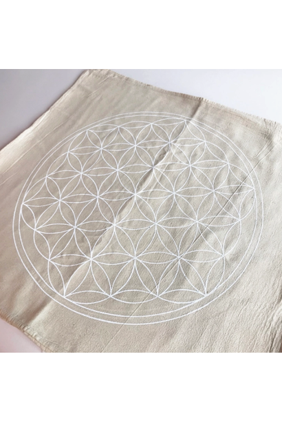 5248 - Crystal Grid Cloth - XL Flower of Life - White Ink