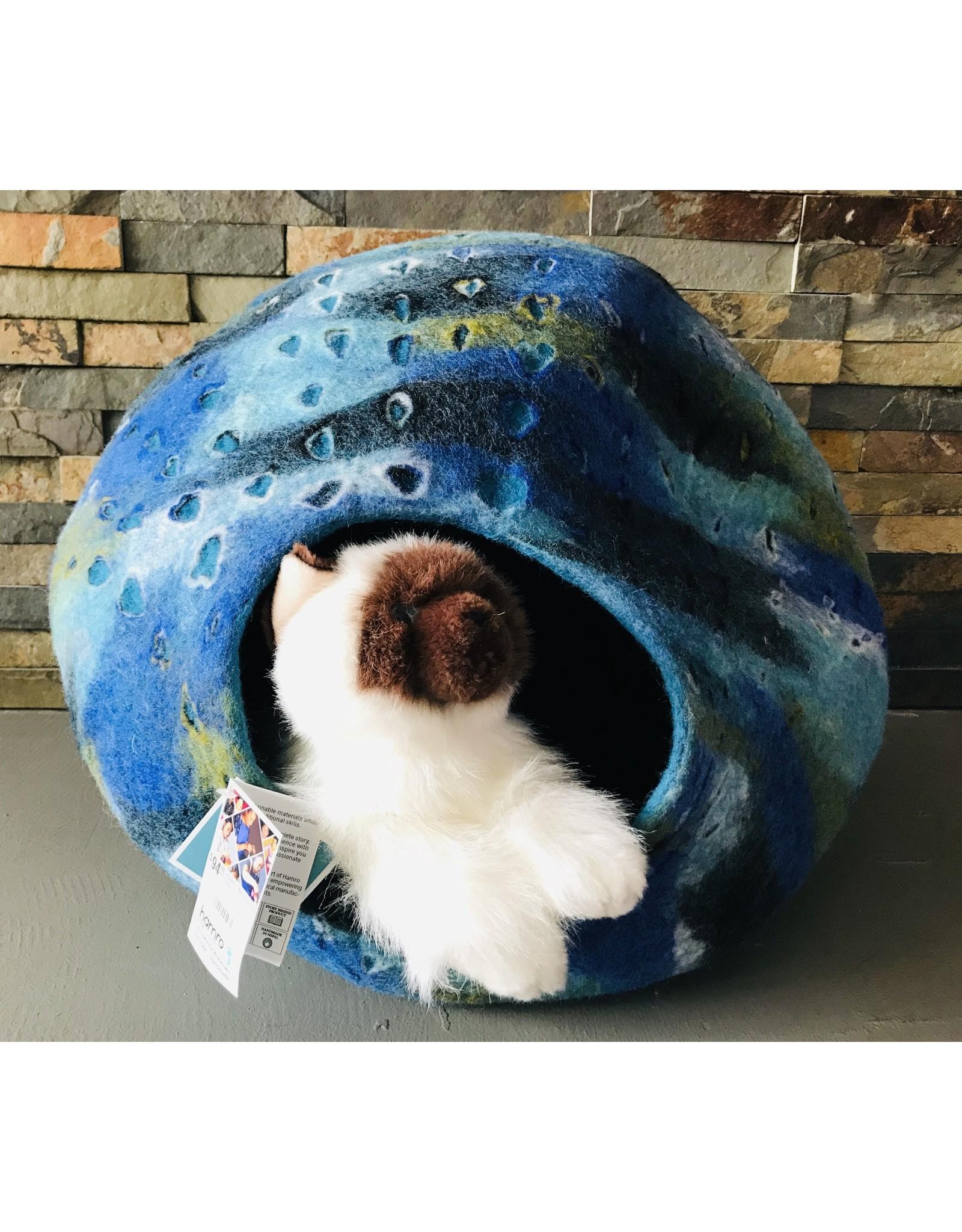 Hamro Hamro - Nova Cat Terra Cave
