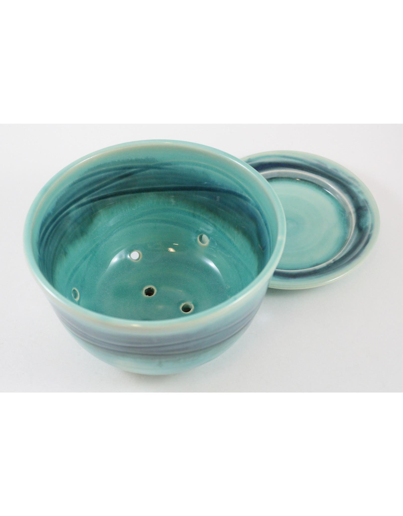 Linda Wright Berry  Bowl Set by Linda Wright