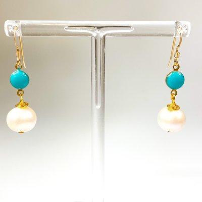 Ali and Bird e037t/pea turquoise enamel, pearl earring