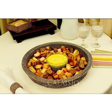 Calaisio Calaisio Round Chip and Dip Tray with 10 oz Roundglass Dish