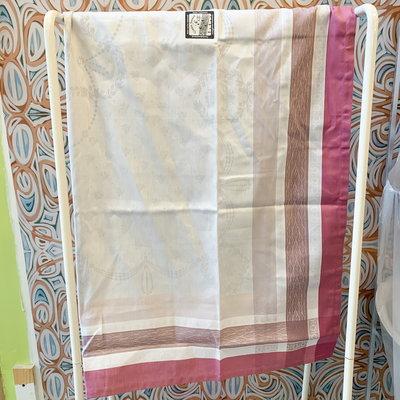 Garnier Thiebaut Garnier Thiebaut Abeilles Royales Parme Table Cloth 69x69 inch