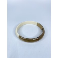 Two's Company Color Block Slip On Horn Bangle- narrow (white/gold)
