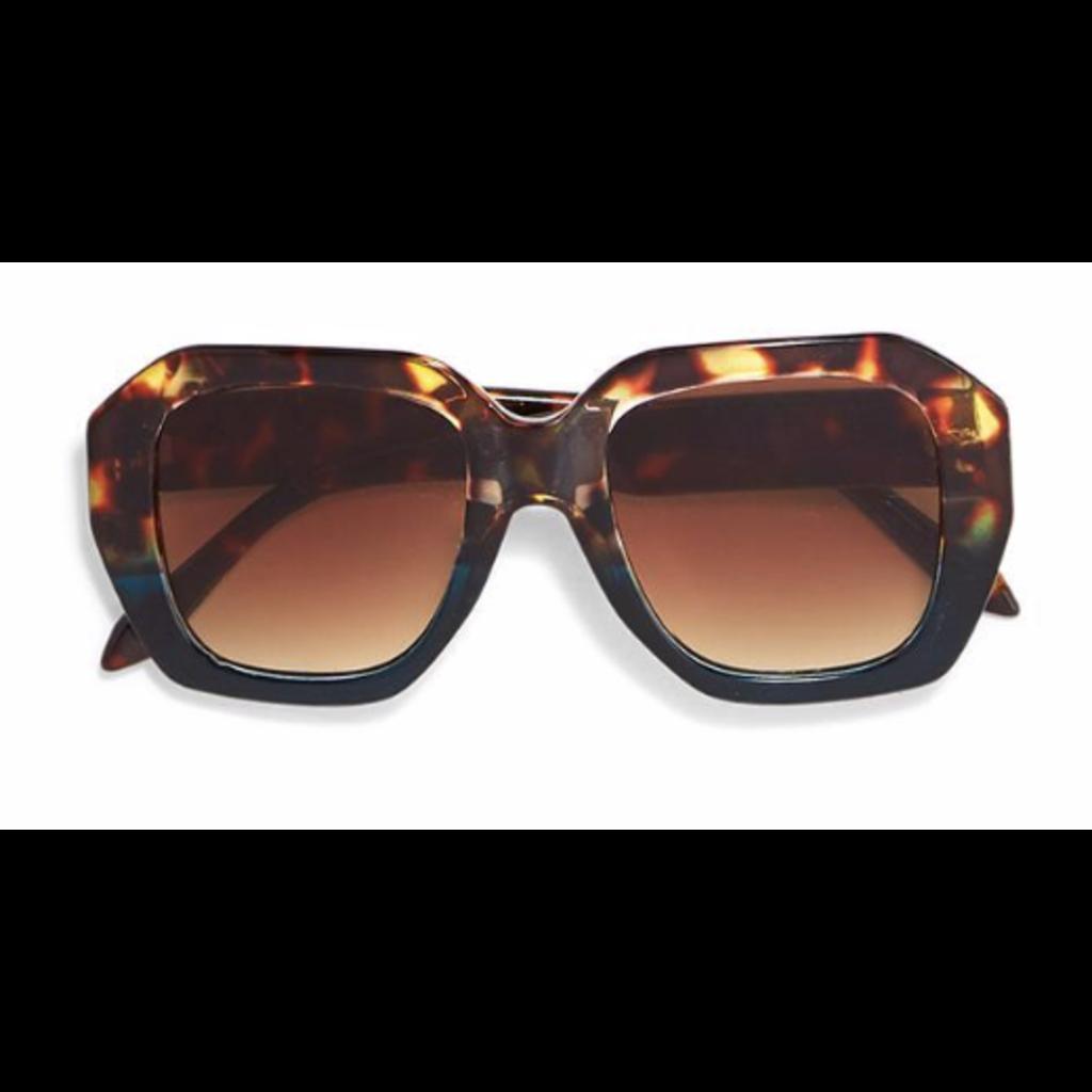 Two's Company Oversized Sunglasses- tortoise w/ wood case