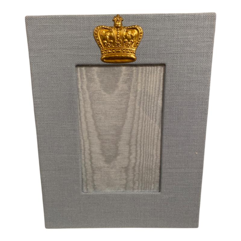 Jan Sevadjian 4x6 Sky Blue Prince Crown Frame (Vertical)