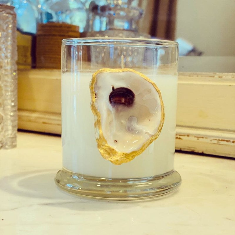 Bella Luxury Candles Small Oyster Candle French Quarter Courtyard