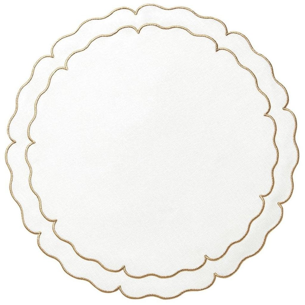 Skyros Designs Linho Scalloped Round Placemat White and Gold
