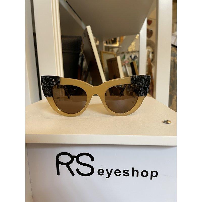 RS Eyeshop Sun Glasses Gold with Black/ Grey Tortoise 1018