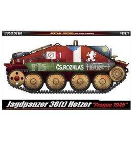 Academy Tank Hetzer Prague 1945 LE