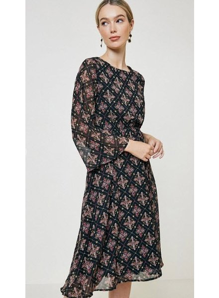ABeauty by BNB Printed Silhouette Dress