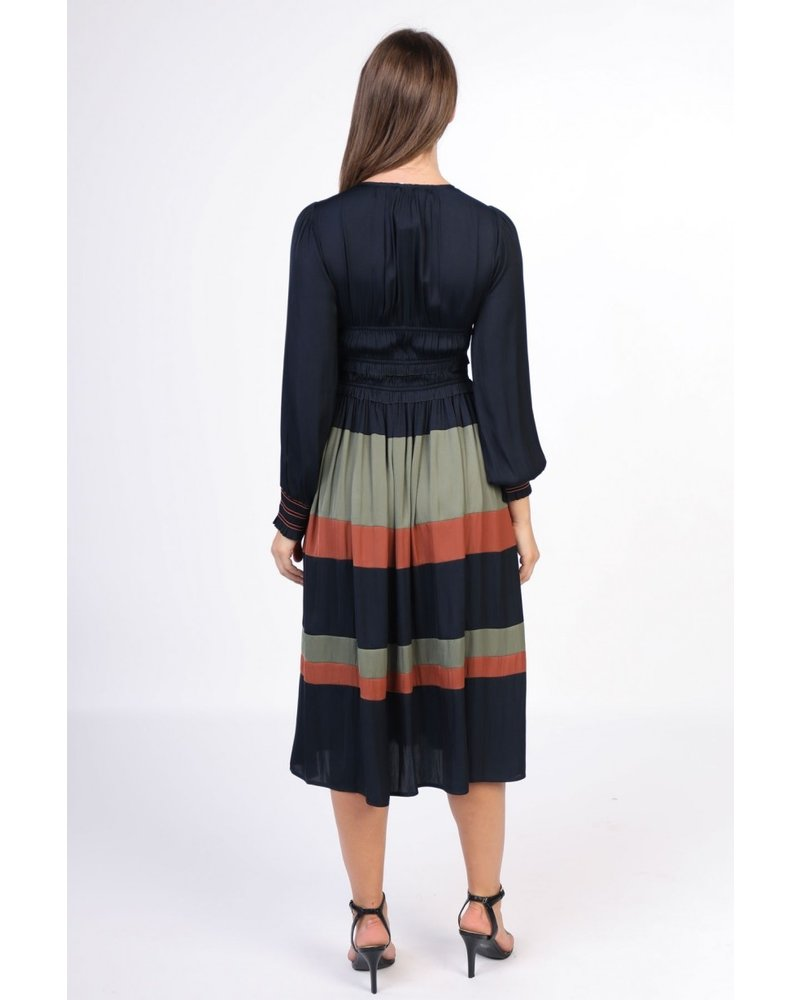Current Air Color Block Long Sleeve Dress