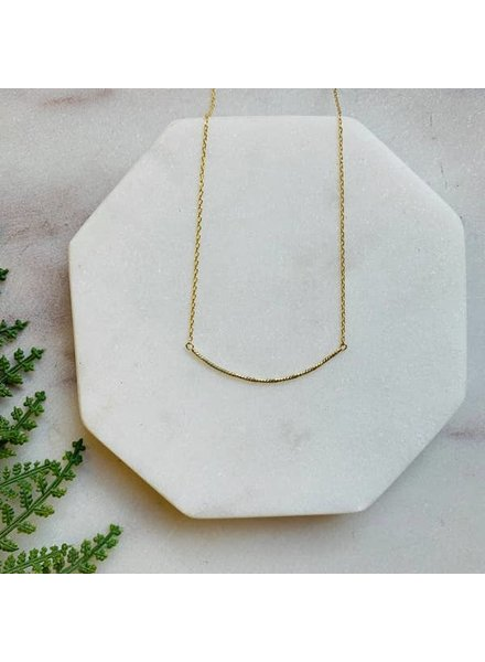Pretty Simple Dainty Gold Curved Bar Necklace