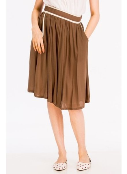 Tulip B Contrast Piping Mocha Vintage Skirt
