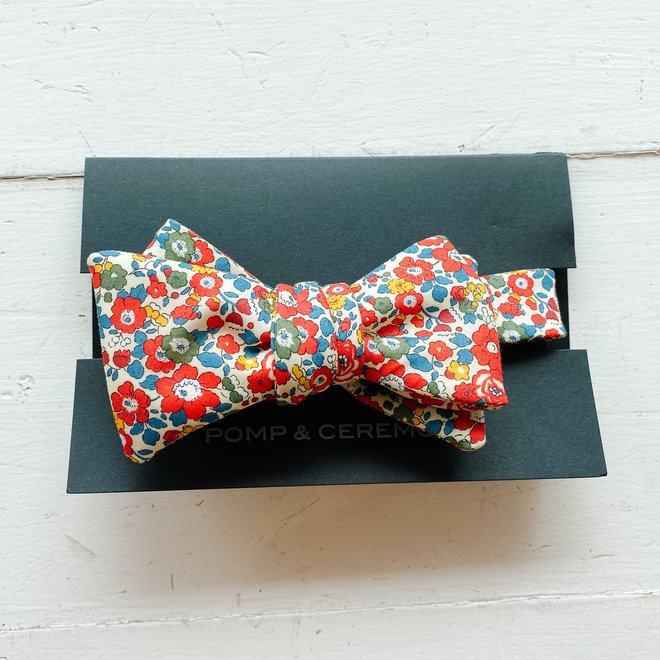 Pomp & Ceremony Bow Tie