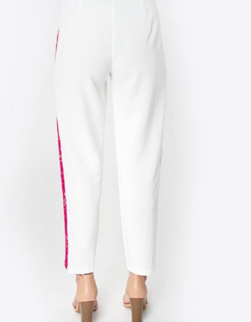 CHIC IN THE CITY CROP PANT