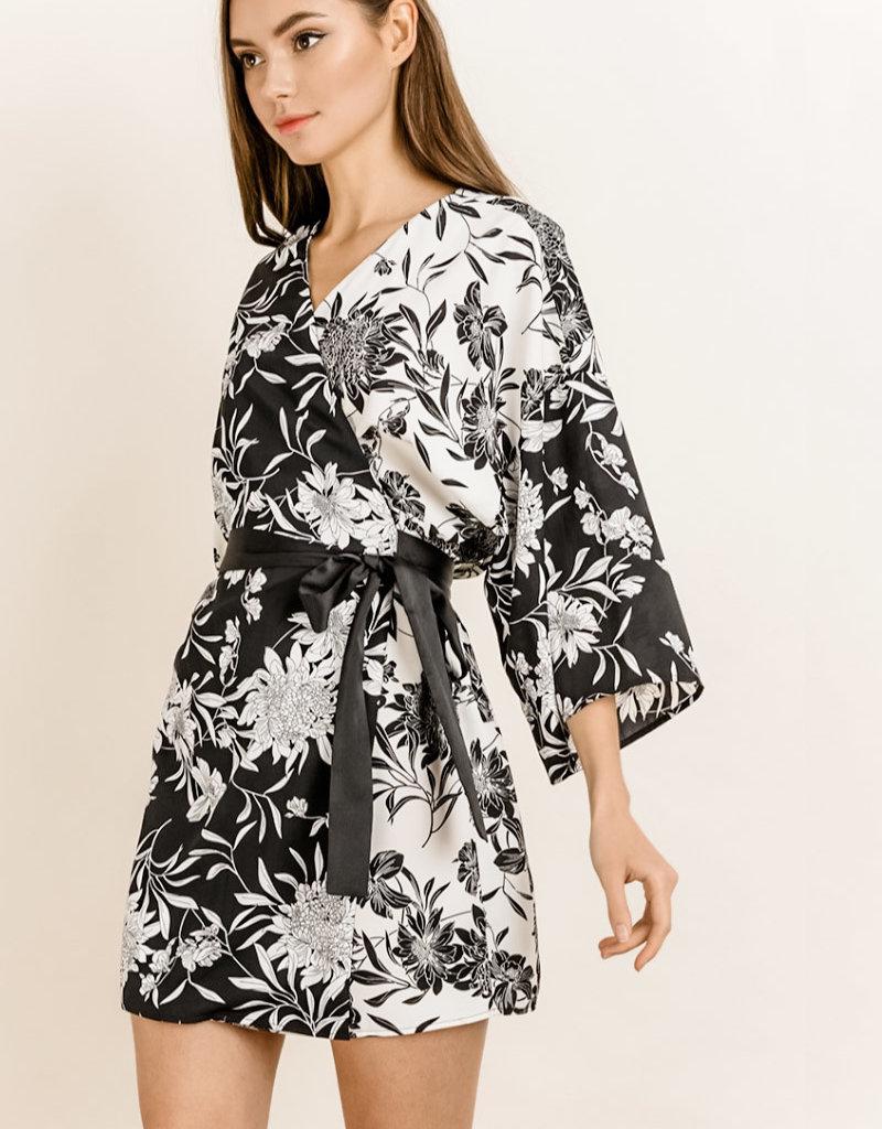 DF BOTH SIDES KIMONO DRESS