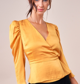 GOLDEN HOUR PEPLUM TOP