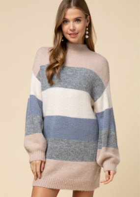 SEASONAL LOVE SWEATER DRESS