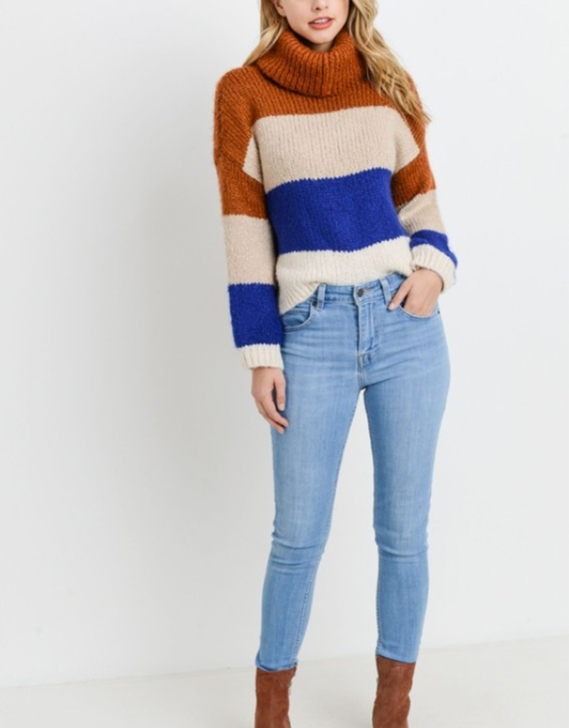 EARLY FALL CHILL SWEATER